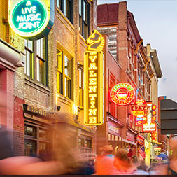 Get your toes to tappin' in the music meccas of Nashville, Memphis and Branson.
